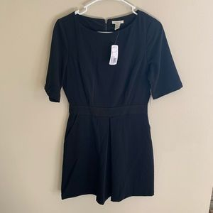 Forever 21 Black Short Sleeve Mini Pleated Dress